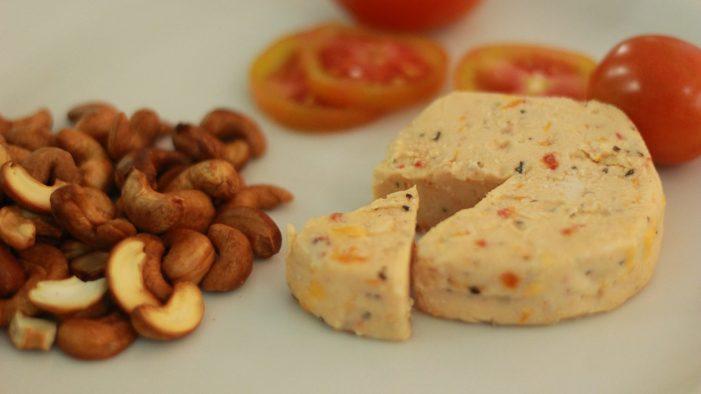 Madree: Keju Vegan Berbahan Kacang Mete