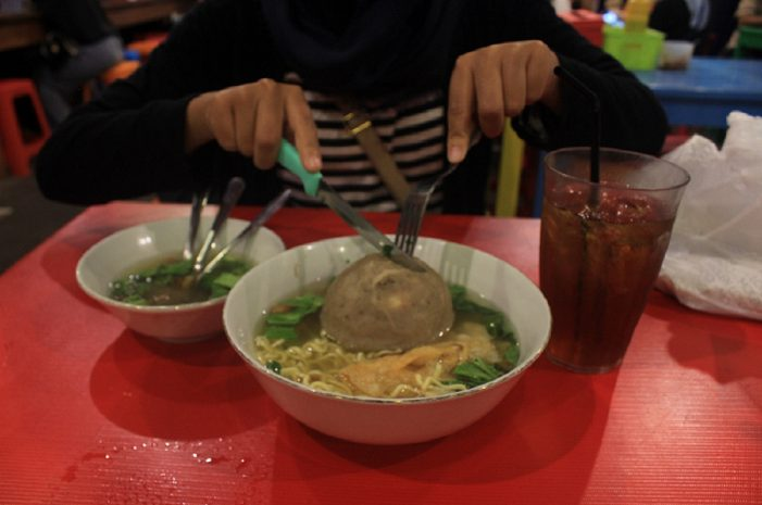 Empat Makanan Jumbo yang Pas di Kantong Mahasiswa