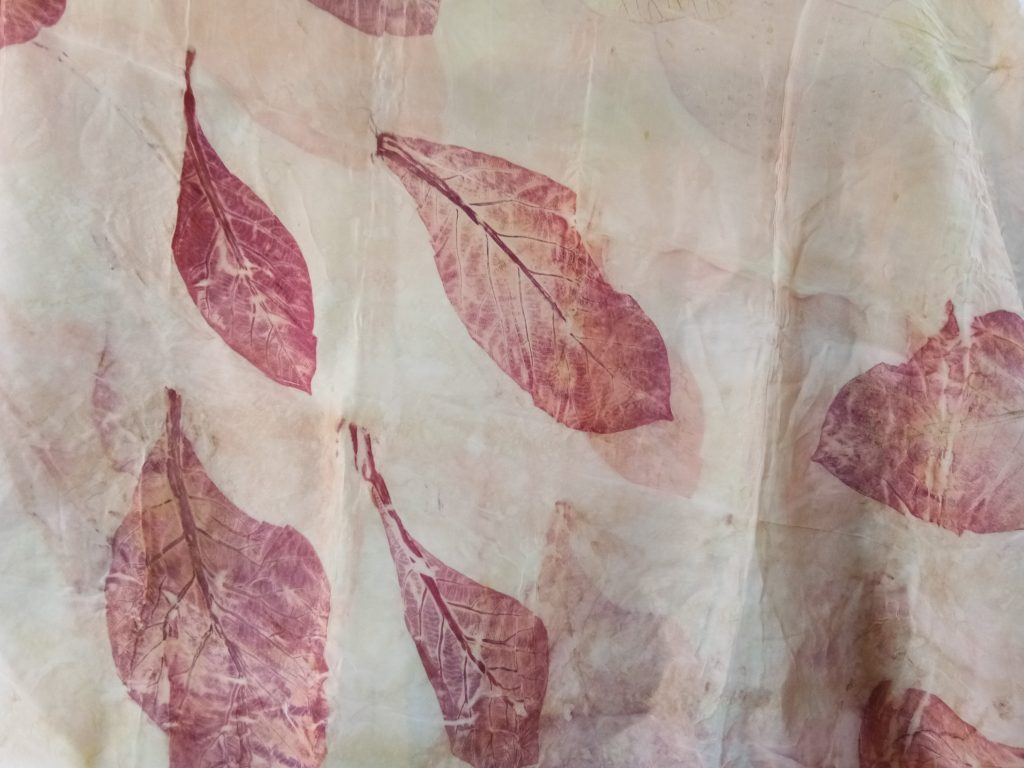 Batik Eco Print Yang Sederhana Jadi Barang Mahal • Warga Jogja