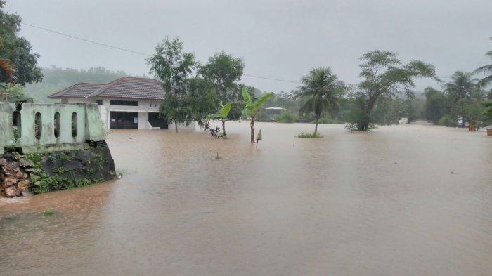 Banjir Yogya: Duka Warga Akibat Siklon Cempaka