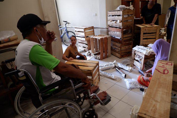 Yayasan Penyandang Cacat Mandiri Yogyakarta: Memberdayakan Difabel Melalui Produksi Kerajinan
