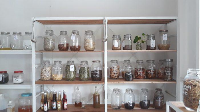 Belanja Tanpa Plastik di Peony Ecohouse