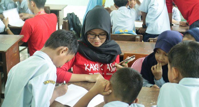 Kakak Asuh Yogyakarta: Memberi dan Membimbing