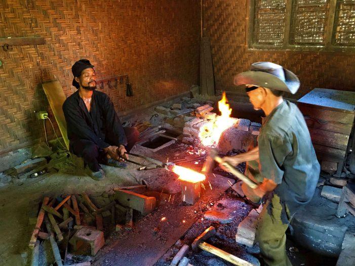 Seni Tempa Pamor oleh Empu Keris Terakhir di Yogyakarta