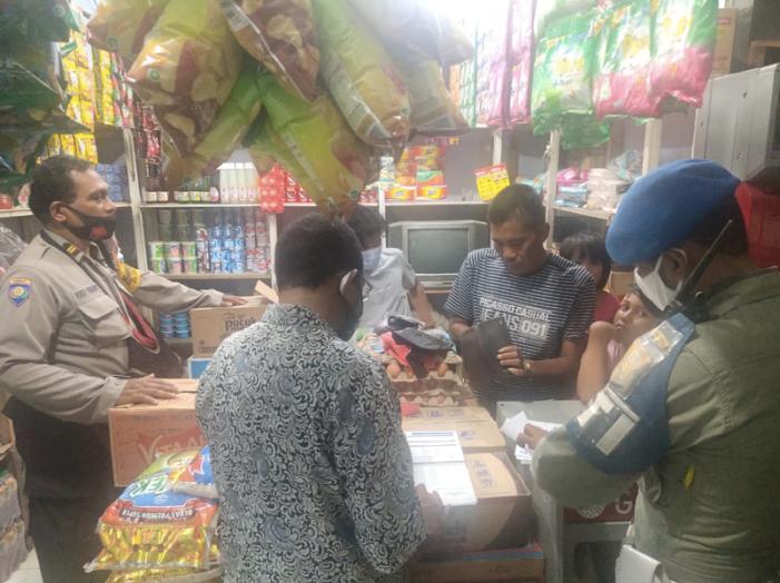 PKL di Kota Jayapura: Ekonomi Menurun Demi Keselamatan Bersama