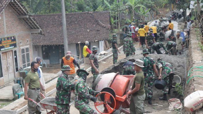 Program TMMD Membangun Jalan, Meningkatkan Perekonomian  Warga Sedayu Purworejo
